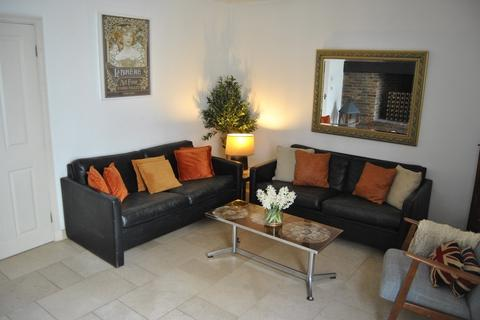 2 bedroom apartment to rent - Denmark Terrace Brighton BN1 3AN