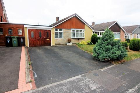 2 bedroom detached bungalow for sale - Farbrook Way, Summer Hayes