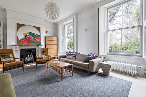 4 bedroom semi-detached house to rent - Granville Park Lewisham SE13