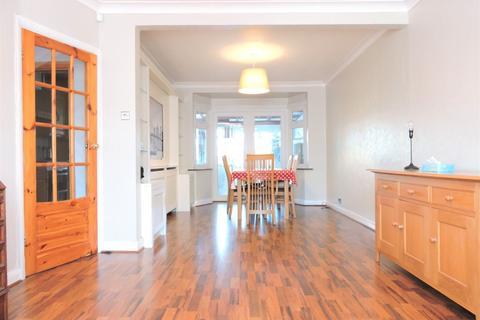 3 bedroom terraced house to rent - Goodwood Avenue, En3