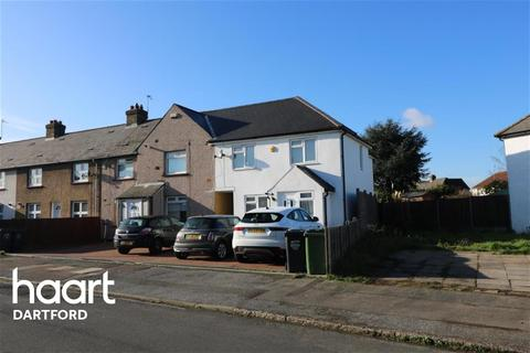 3 bedroom end of terrace house to rent - Dartford
