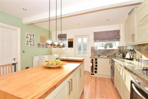 3 bedroom semi-detached house for sale - Haig Avenue, Gillingham, Kent