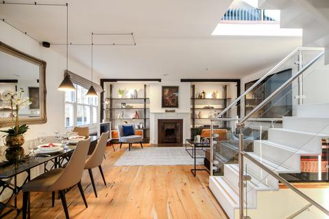2 bedroom terraced house for sale - Ledbury Mews West, London, W11