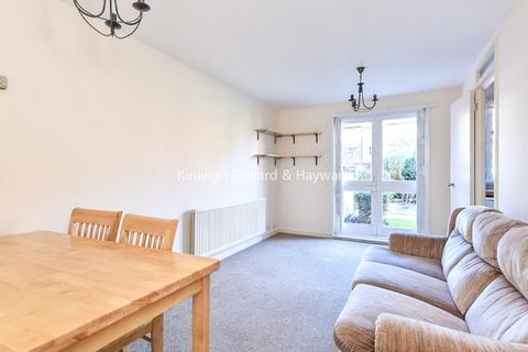 2 bedroom flat to rent - Mayfield Road London W12