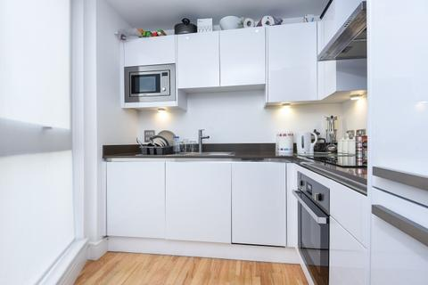 2 bedroom flat to rent - Dowells Street Greenwich SE10