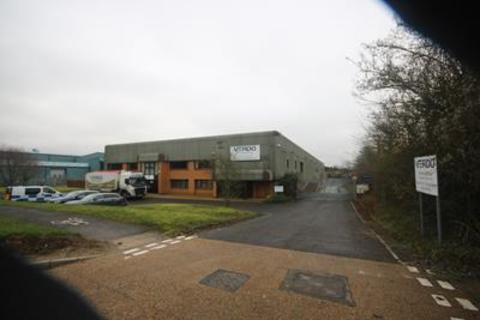 Industrial unit to rent - 45 Macadam Way, West Portway Business Park, Andover, SP10