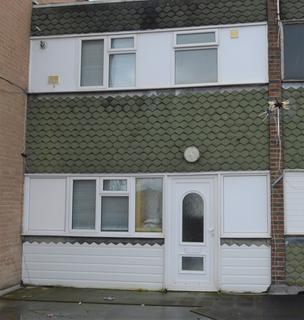 2 bedroom flat for sale - Farnham Road, Farnham Royal, Slough, Berkshire. SL2 3AF