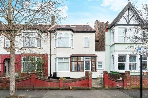 3 bedroom terraced house for sale - Avondale Road, Walthamstow, London