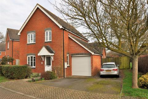 4 bedroom detached house for sale - Shepherd Close, Ashford, TN23
