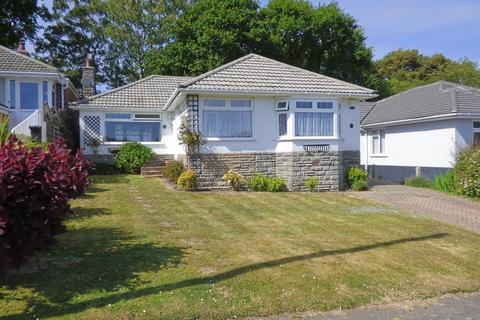 3 bedroom detached bungalow for sale - St Andrews Road, Broadstone