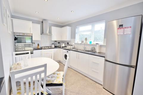 2 bedroom semi-detached house for sale - Ringshall Road, Orpington
