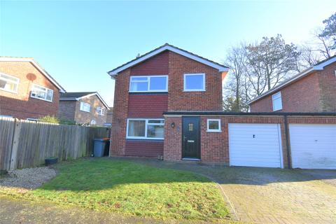 4 bedroom detached house for sale - Pine Close, Leighton Buzzard