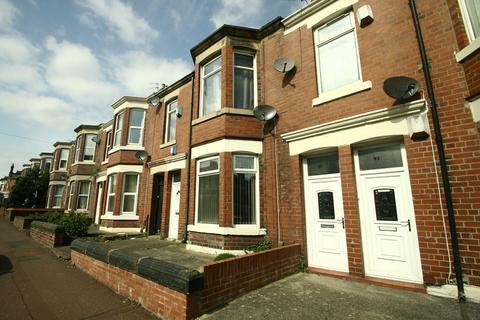 3 bedroom flat to rent - Simonside Terrace, Heaton, NE6