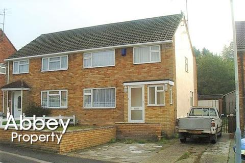 3 bedroom semi-detached house to rent - Hayhurst Road | L&D area | LU4 0DA