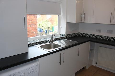 3 bedroom flat to rent - Trewhitt Road, Heaton, NE6