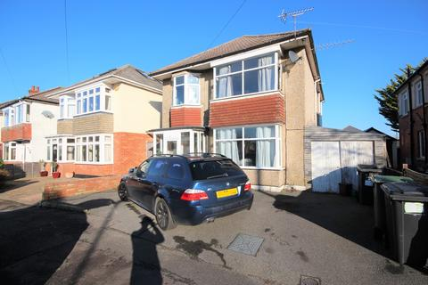 4 bedroom detached house for sale - Maclaren Road, Moordown, Bournemouth