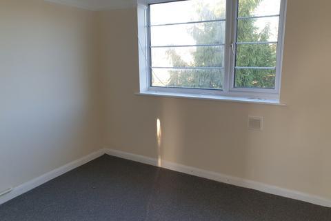 2 bedroom flat to rent - Merryoak Road, Southampton