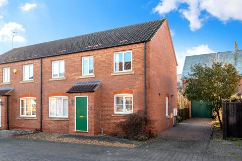 4 bedroom semi-detached house for sale - The Yarde, Bourne, PE10