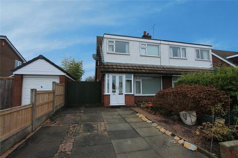 3 bedroom bungalow for sale - Greenfields Avenue, Shavington, Crewe, Cheshire, CW2