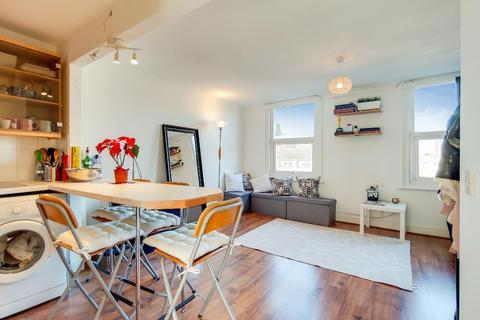 1 bedroom flat for sale - Lillie Road, Fulham, London, London, SW6 7LL