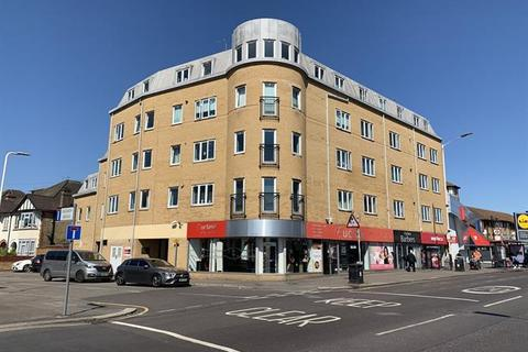 2 bedroom flat for sale - Southbury Court, Romford, London, RM1 1SY