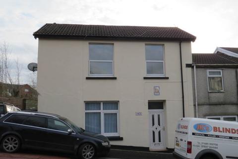 3 bedroom house to rent - High Street, Caeharris, Merthyr Tydfil