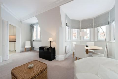 2 bedroom flat to rent - South Audley Street, London, W1K
