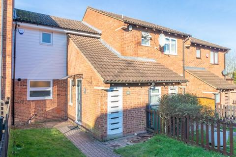 2 bedroom terraced house for sale - Spoondell, Dunstable