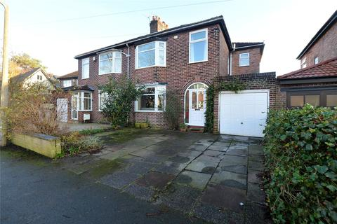 4 bedroom semi-detached house for sale - Barnfield, Urmston, Manchester, M41