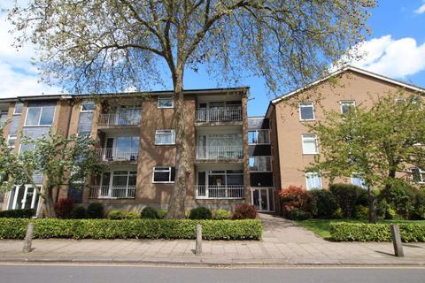 2 bedroom flat to rent - Pemberley Avenue, Bedford - Ref: P9736