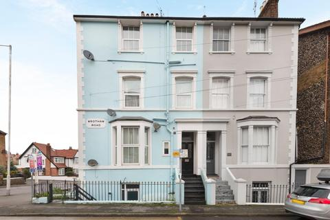 1 bedroom flat for sale - Wrotham Road, Broadstairs