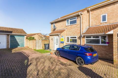 4 bedroom link detached house for sale - Alkham Close, Cliftonville, Margate