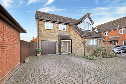 4 bedroom detached house for sale - Canterbury Way, Chelmsford, CM1