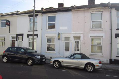 2 bedroom house to rent - ESSLEMONT ROAD, SOUTHSEA