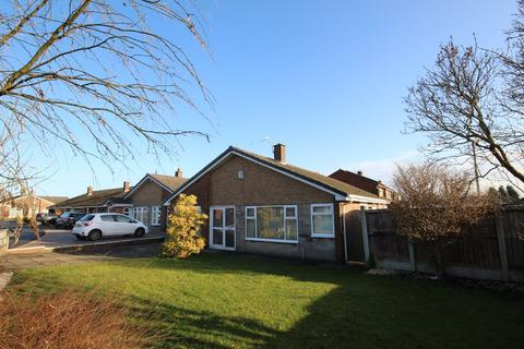 2 bedroom detached bungalow for sale - Dunham Avenue, Golborne, Warrington, WA3