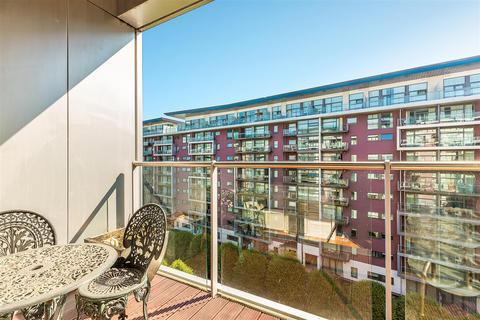 2 bedroom apartment to rent - Eustace Building, Chelsea Bridge Wharf, London,SW11
