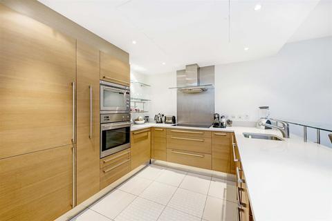 2 bedroom apartment to rent - Howard Building, Chelsea Bridge Wharf, London, SW11