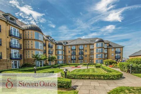 2 bedroom apartment for sale - Newland Gardens, Hertford, Herts, SG13