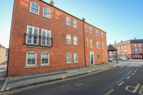 2 bedroom flat for sale - Wedgewood Street, Fairford Leys, Aylesbury