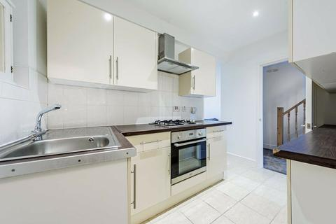 2 bedroom flat to rent - Cavendish Road, Balham