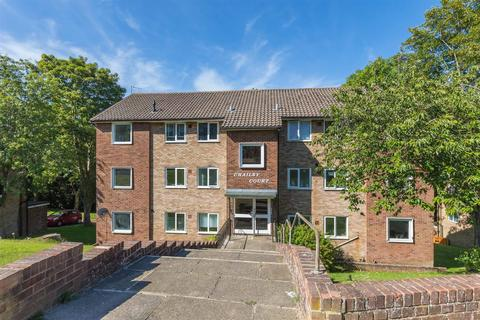 2 bedroom flat for sale - Mill Rise, Westdene, Brighton