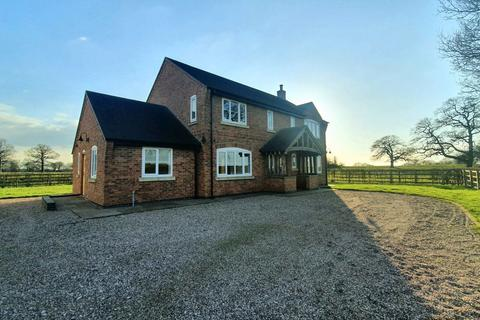 4 bedroom detached house to rent - Bow Hill Farm House Betley