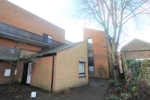 1 bedroom flat for sale - St Nicholas Close, King's Lynn