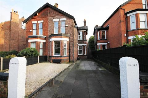3 bedroom semi-detached house for sale - Clarendon Crescent, Ellesmere Park, Manchester