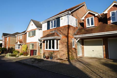 3 bedroom link detached house to rent - Springfield Mews, Emmer Green, Reading