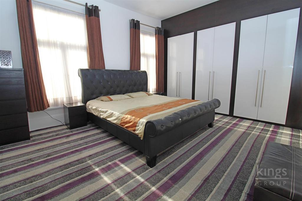 Bed 2 (29).jpg