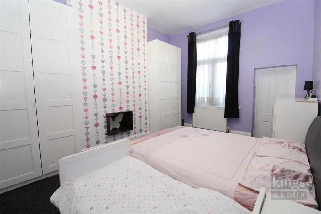 Bed 1 (31).jpg