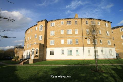 2 bedroom flat to rent - Gilbert Close Shooters Hill SE18