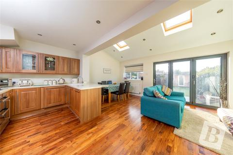4 bedroom terraced house for sale - Frankland Road, Chingford, E4