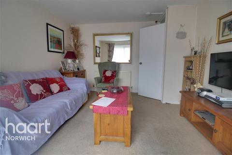 1 bedroom flat to rent - Elm Close, NR5